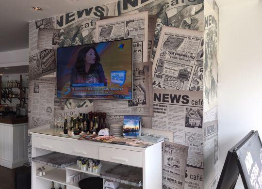 news_cafe_interior_2